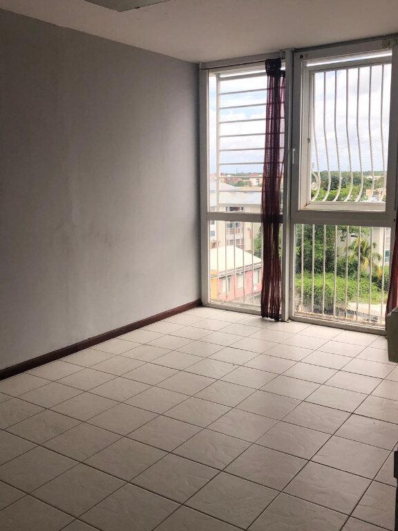 Appartement à vendre 5 106m2 à Pointe-à-Pitre vignette-12