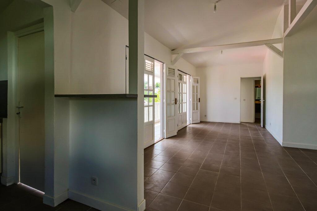 Maison à vendre 7 115m2 à Le Gosier vignette-6