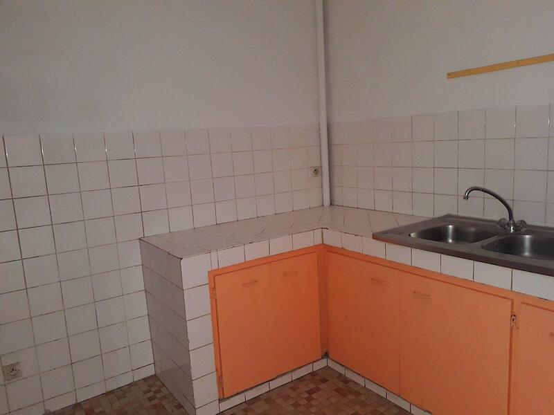 Appartement à louer 2 57.71m2 à Le Moule vignette-9
