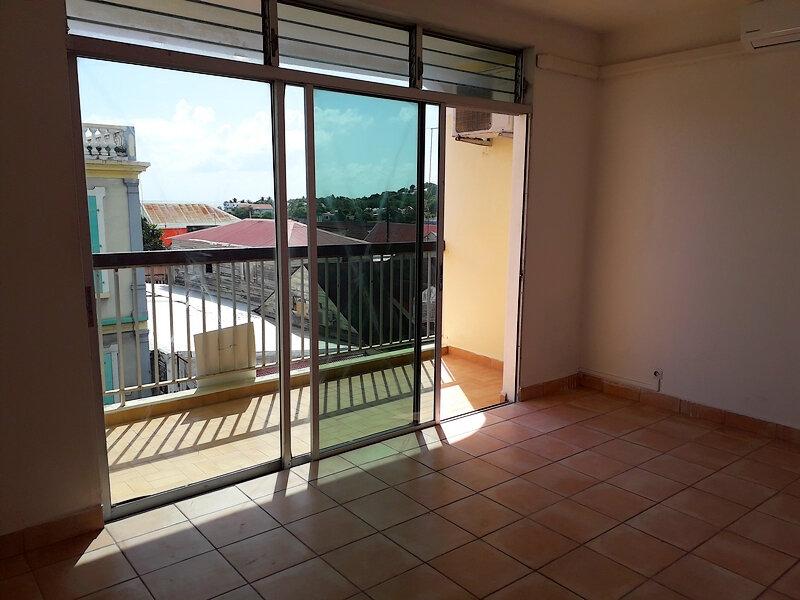 Appartement à louer 2 57.71m2 à Le Moule vignette-12
