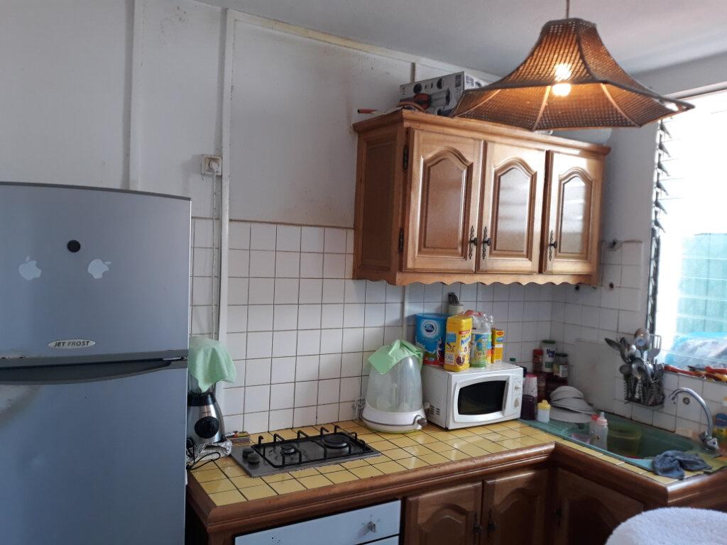 Appartement à vendre 1 31m2 à Pointe-à-Pitre vignette-3