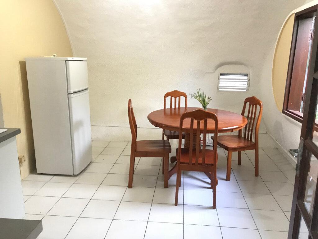 Appartement à louer 1 32m2 à Le Gosier vignette-2