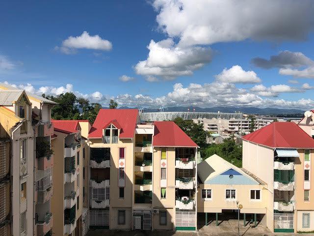 Appartement à vendre 3 60m2 à Pointe-à-Pitre vignette-1
