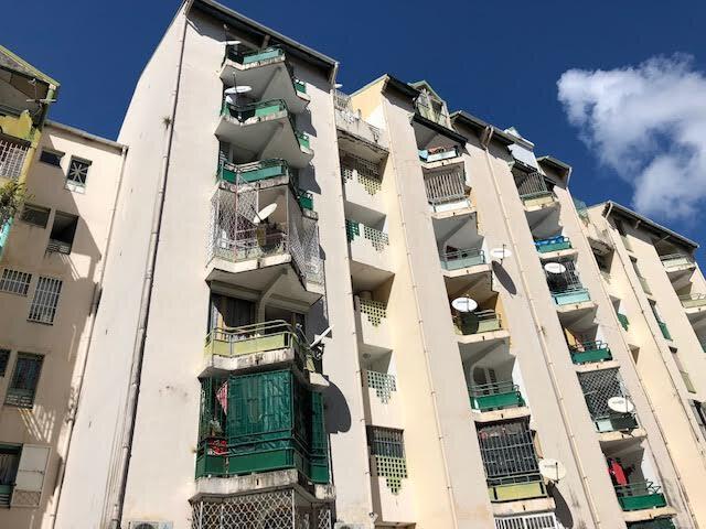Appartement à vendre 3 60m2 à Pointe-à-Pitre vignette-7