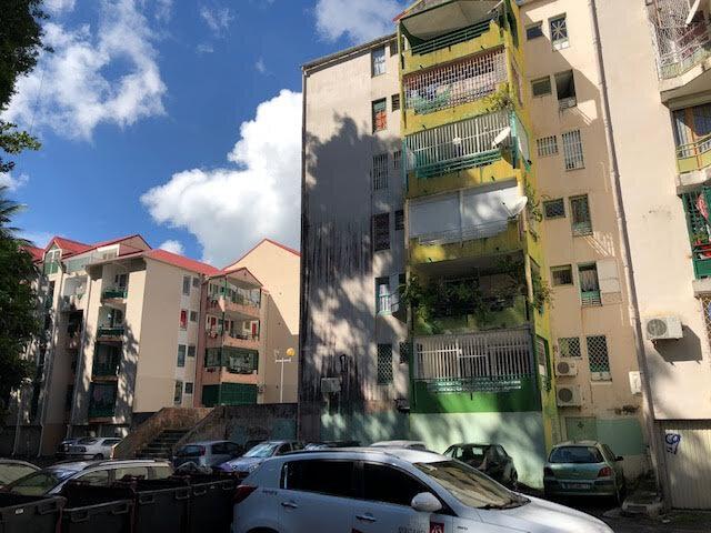 Appartement à vendre 3 60m2 à Pointe-à-Pitre vignette-8
