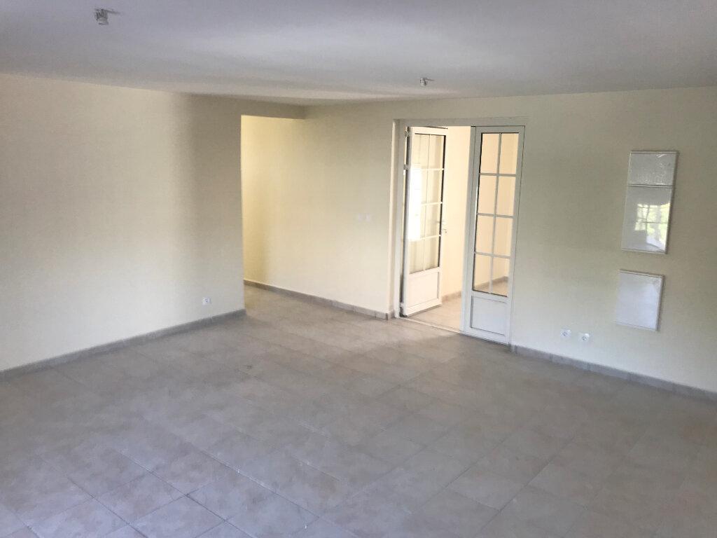 Appartement à louer 3 84m2 à Le Moule vignette-6