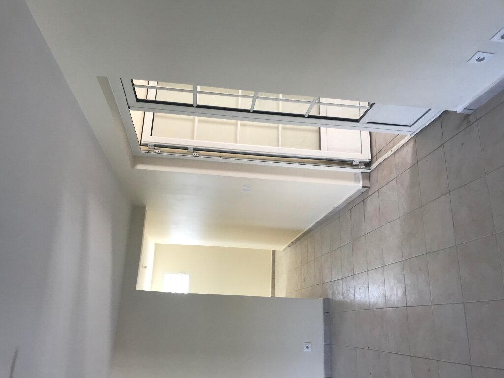 Appartement à louer 3 84m2 à Le Moule vignette-10