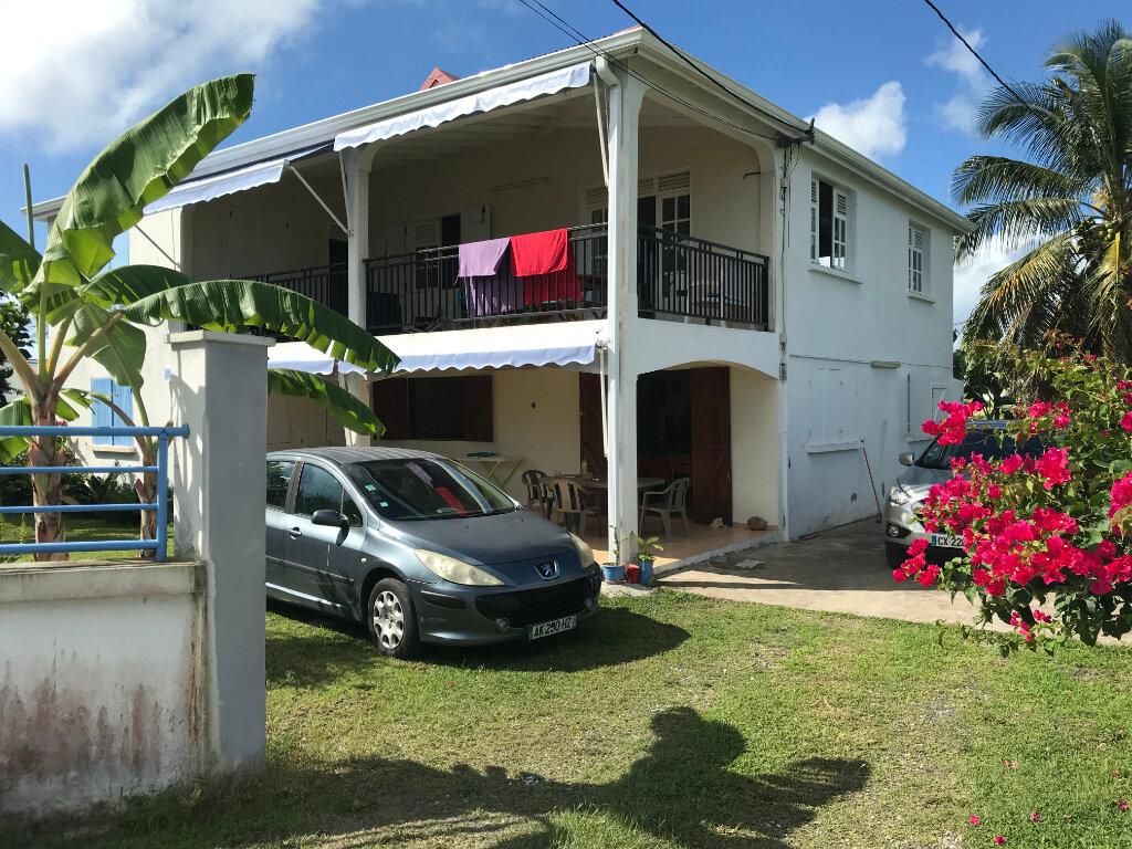 Maison à louer 4 112m2 à Saint-François vignette-1
