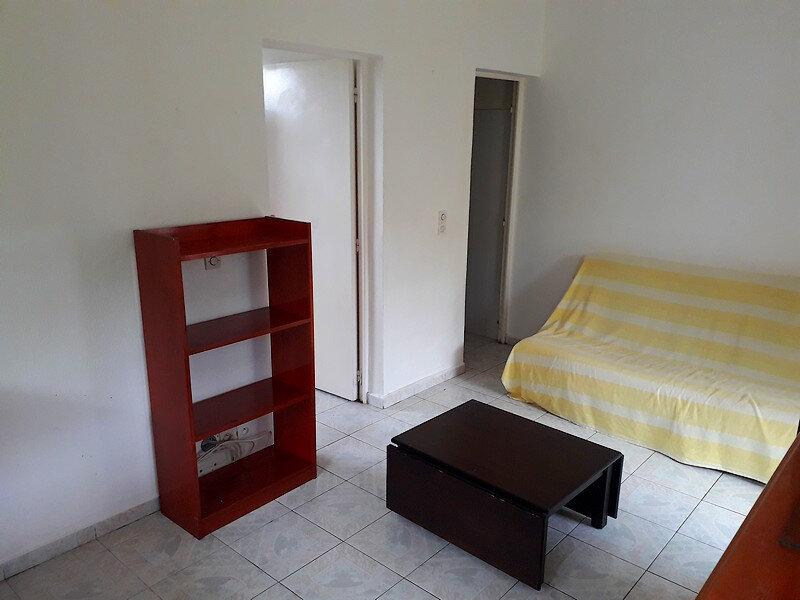Appartement à louer 2 30m2 à Saint-François vignette-2