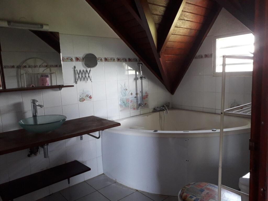 Maison à louer 4 148m2 à Sainte-Anne vignette-10