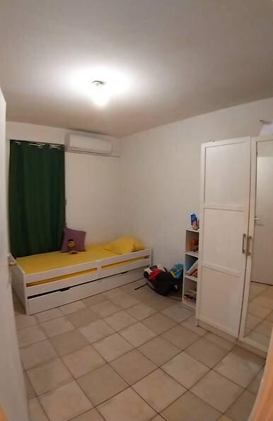 Appartement à louer 4 121.66m2 à Le Moule vignette-6
