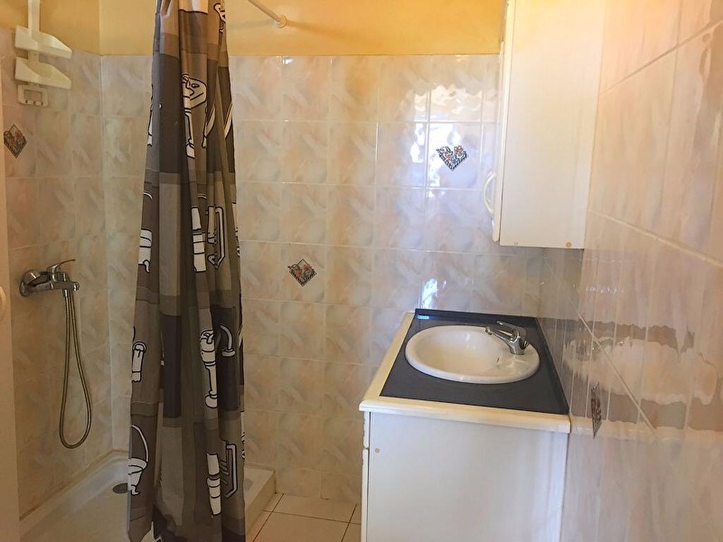 Maison à louer 2 34m2 à Saint-François vignette-2