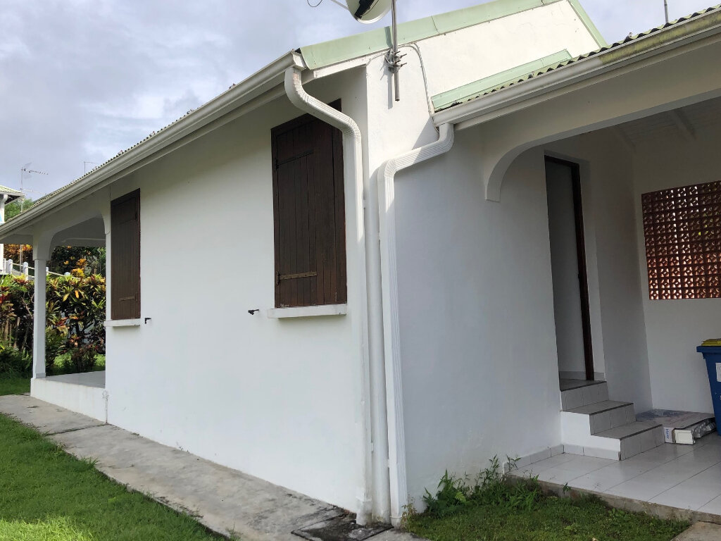 Maison à louer 2 34m2 à Morne-à-l'Eau vignette-1