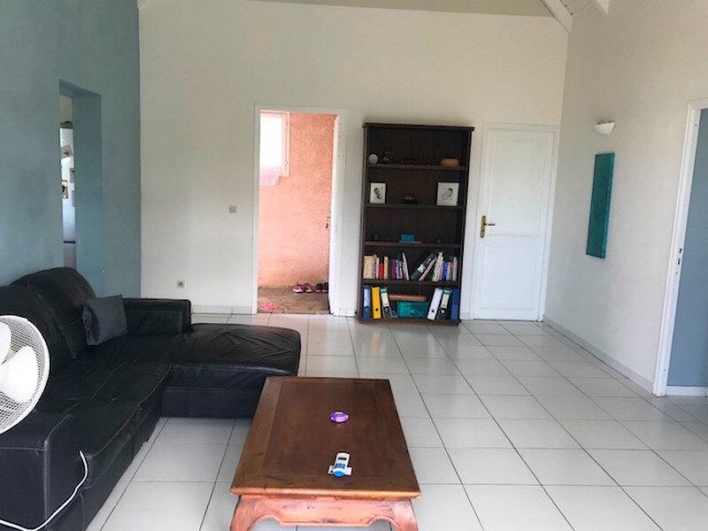 Maison à vendre 4 106m2 à Sainte-Anne vignette-6