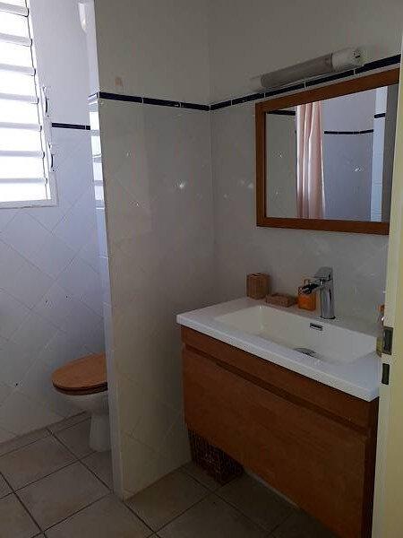 Appartement à louer 3 45m2 à Pointe-à-Pitre vignette-6