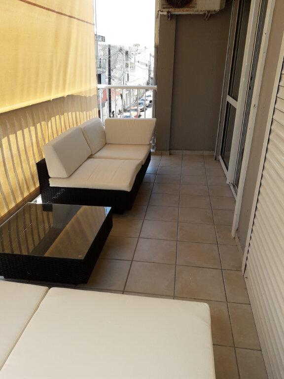 Appartement à louer 3 45m2 à Pointe-à-Pitre vignette-9