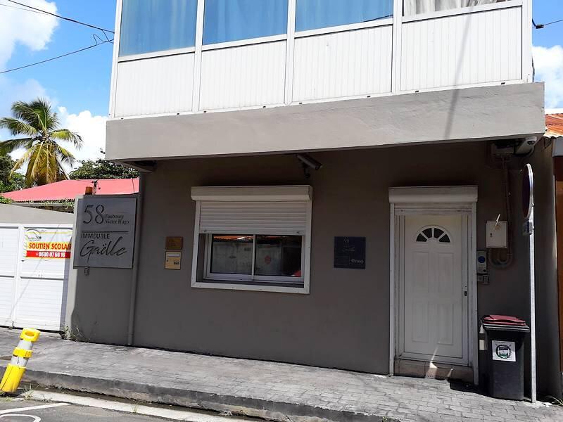 Appartement à louer 3 45m2 à Pointe-à-Pitre vignette-12