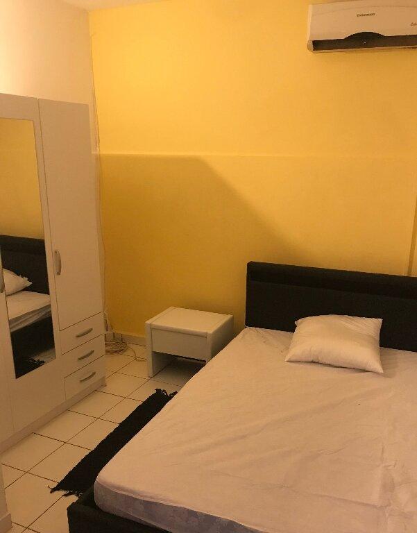 Appartement à louer 4 72.26m2 à Pointe-à-Pitre vignette-6