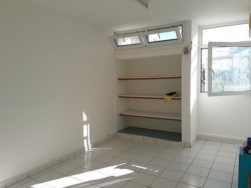 Appartement à louer 3 50m2 à Les Abymes vignette-4