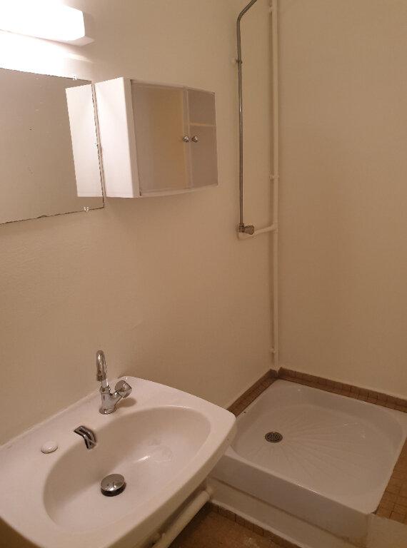 Appartement à louer 5 76m2 à Les Abymes vignette-3