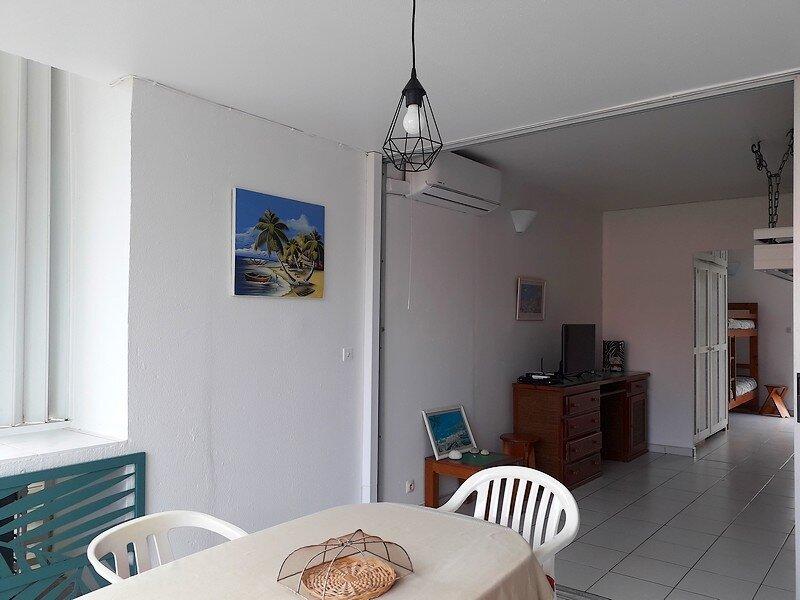 Appartement à louer 1 37.77m2 à Saint-François vignette-5