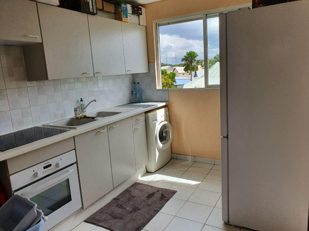 Appartement à louer 2 49m2 à Baie-Mahault vignette-3