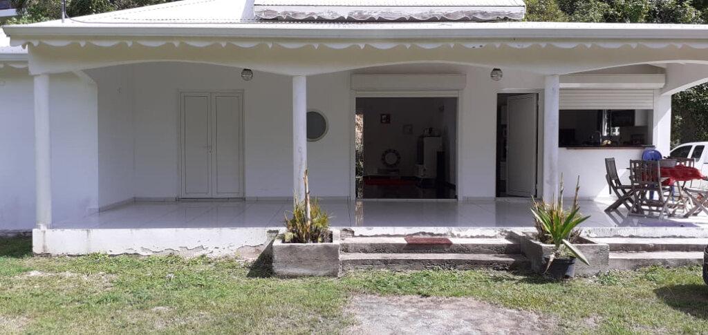 Maison à louer 4 98m2 à Les Abymes vignette-1
