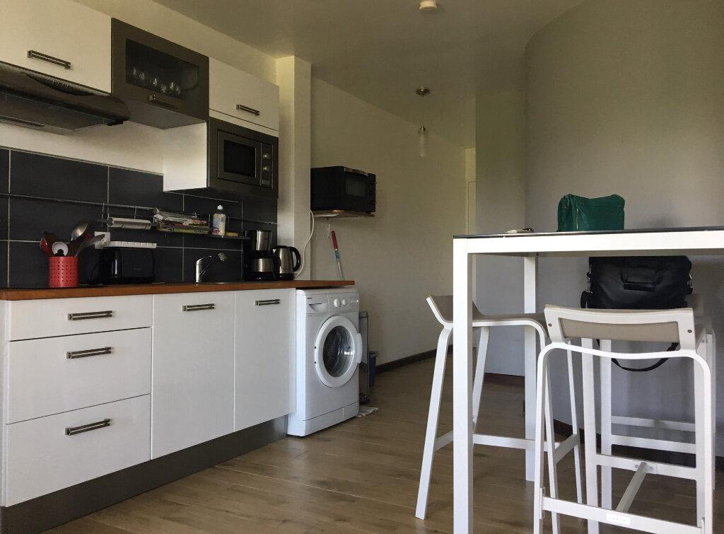 Appartement à louer 2 42m2 à Le Gosier vignette-4