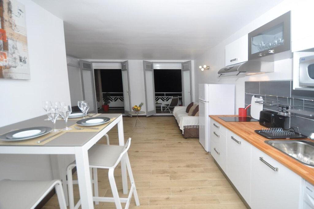 Appartement à louer 2 42m2 à Le Gosier vignette-9