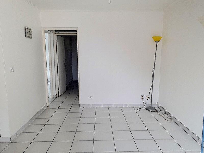 Appartement à louer 3 50m2 à Le Gosier vignette-8