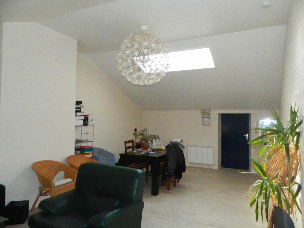 Appartement à louer 2 53m2 à Rochefort vignette-4