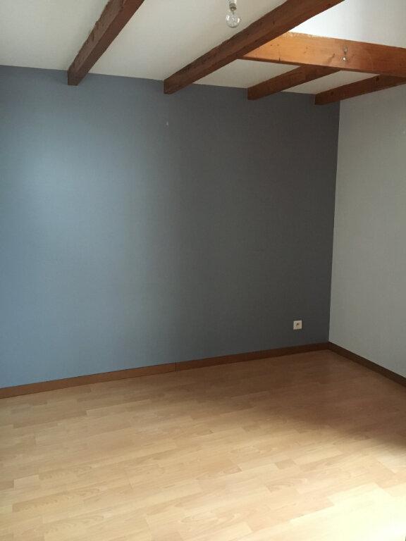 Appartement à louer 2 58.03m2 à Rochefort vignette-5