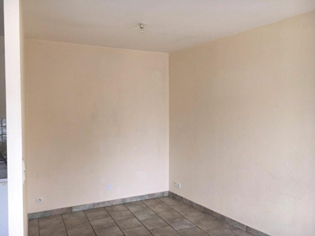 Maison à louer 3 49.5m2 à Tonnay-Charente vignette-6