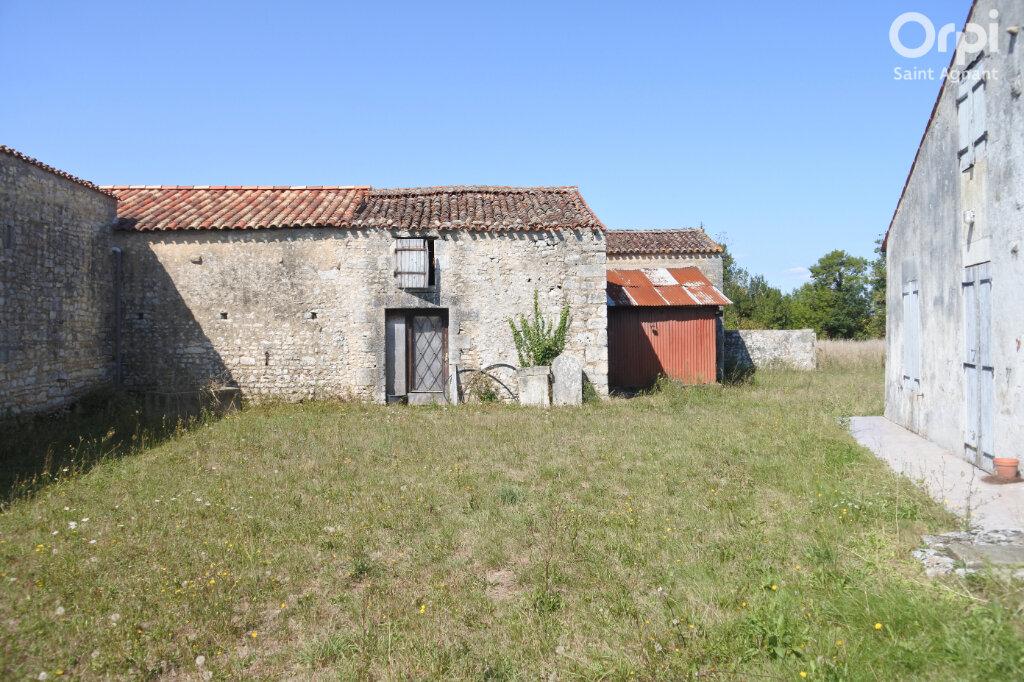 Maison à vendre 5 174m2 à Saint-Hippolyte vignette-3