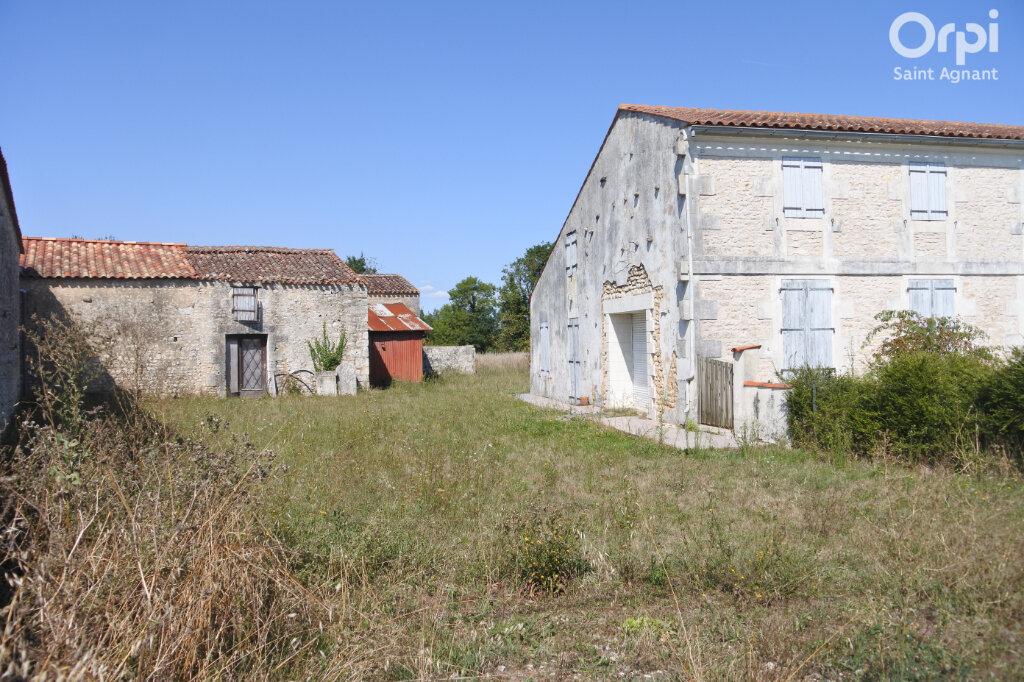Maison à vendre 5 174m2 à Saint-Hippolyte vignette-4