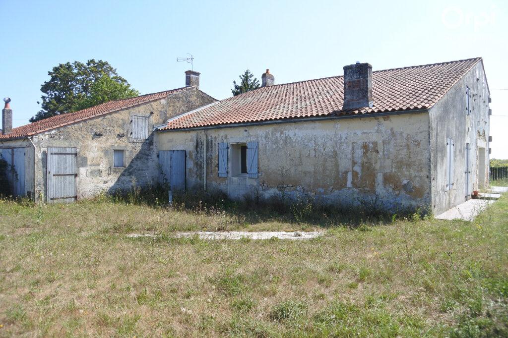 Maison à vendre 5 174m2 à Saint-Hippolyte vignette-7