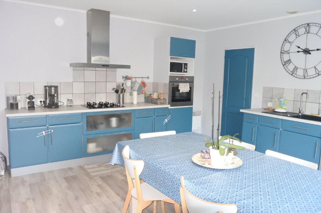 Maison à vendre 6 155m2 à Saint-Agnant vignette-2