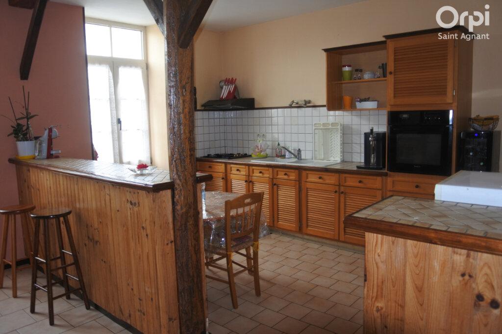 Maison à vendre 5 177m2 à Beurlay vignette-5