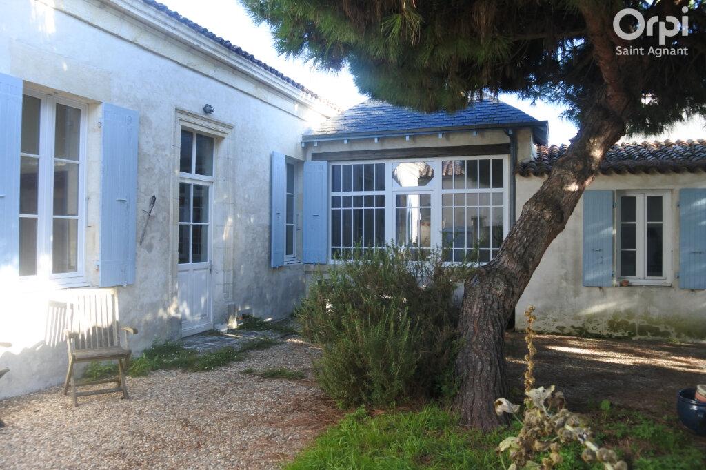 Maison à vendre 5 158m2 à Bourcefranc-le-Chapus vignette-1