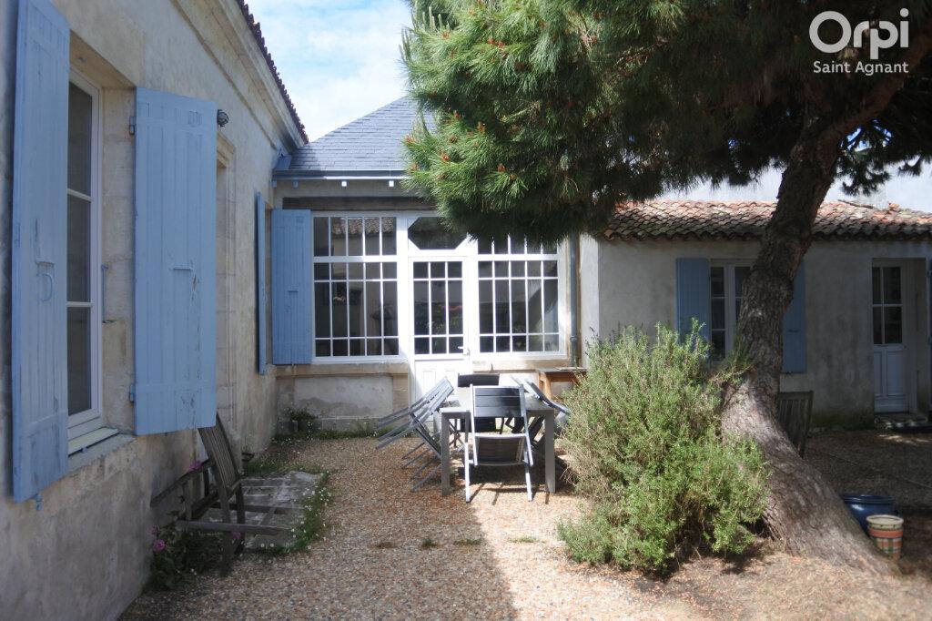 Maison à vendre 5 158m2 à Bourcefranc-le-Chapus vignette-2