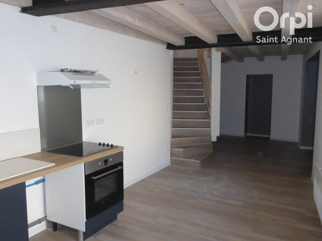 Appartement à louer 3 70.3m2 à La Tremblade vignette-1