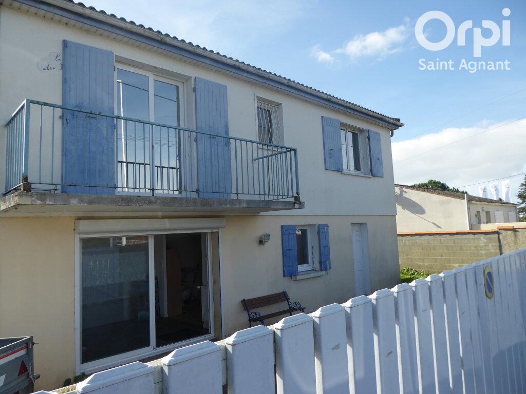 Maison à vendre 4 115m2 à Marennes vignette-1