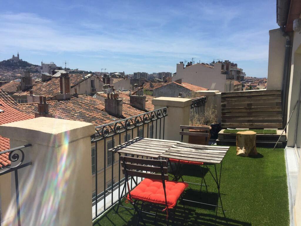 Appartement à louer 2 55m2 à Marseille 1 vignette-1