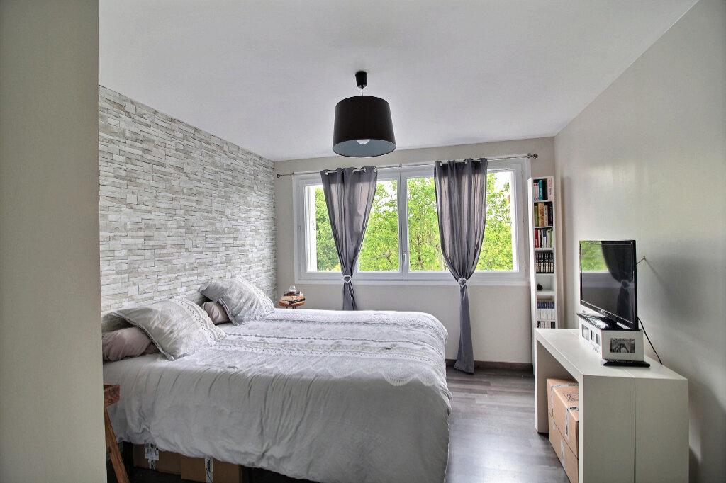 Appartement à louer 3 77.18m2 à Marseille 10 vignette-4