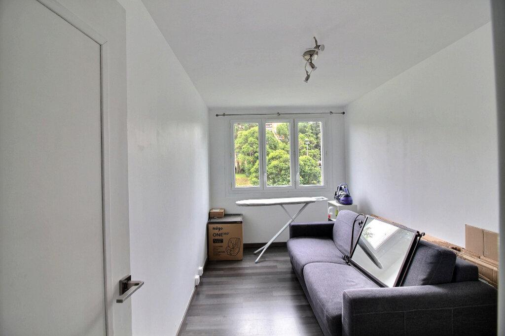 Appartement à louer 3 77.18m2 à Marseille 10 vignette-5