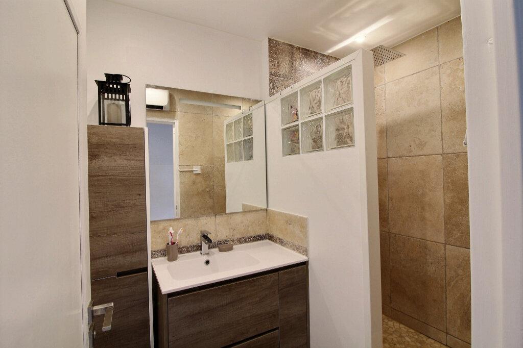 Appartement à louer 3 77.18m2 à Marseille 10 vignette-6