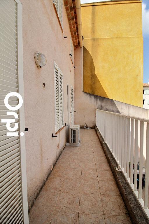Appartement à vendre 2 46m2 à Bandol vignette-2