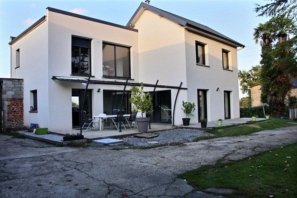 Maison à louer 7 167.29m2 à Saint-Armou vignette-1