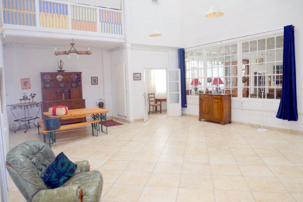 Appartement à vendre 8 371.6m2 à Pau vignette-1