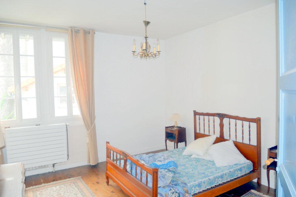 Appartement à vendre 8 371.6m2 à Pau vignette-5